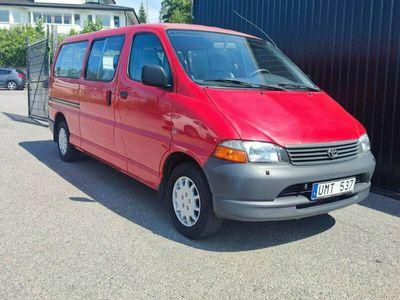 begagnad Toyota HiAce Minibuss 9-Sits 2.5 D4-D *1-Ägare*