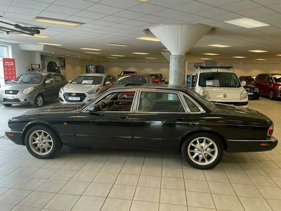 begagnad Jaguar XJ 4.0 V8 Automat 284hk