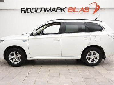 begagnad Mitsubishi Outlander 2.0 PHEV / 4WD* / NYSERVAD