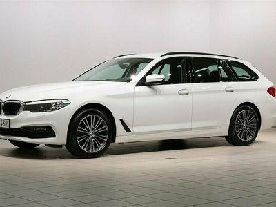 begagnad BMW 520 d xDrive Touring Sportline HiFi Drag Navigation Automat