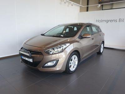 used Hyundai i30 Kombi 1,6 CRDi M6 Business