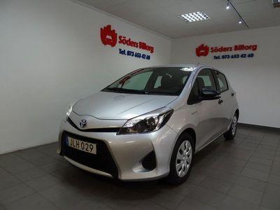 begagnad Toyota Yaris Hybrid XP13M(A)