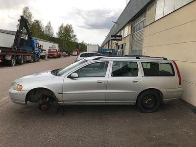 begagnad Volvo V70 D5 Momentum