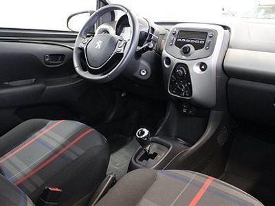 begagnad Peugeot 108 Active 1,0 PureTech 68hk Automat 5D