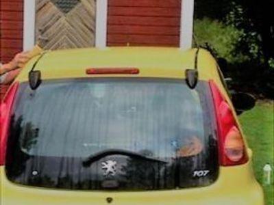 begagnad Peugeot 107 1,0 -06