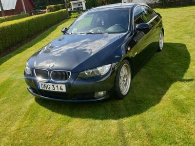 begagnad BMW 325 I COUPÉ