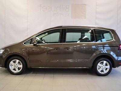 begagnad VW Sharan 2.0 TDI Premium Värmare Drag 7-sits 150hk
