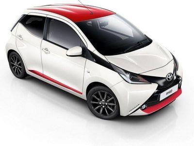 begagnad Toyota Aygo 1.0 X-PLAY 5-D SPI SOMMARKAMPANJ