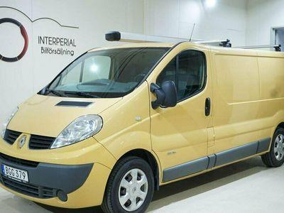 begagnad Renault Trafic Van 2.7t 2.0 dCi 114hk Drag Navi Parkeringssensorer