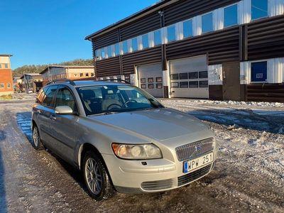 begagnad Volvo V50 1.6 100hk 22000 mil Toppskick