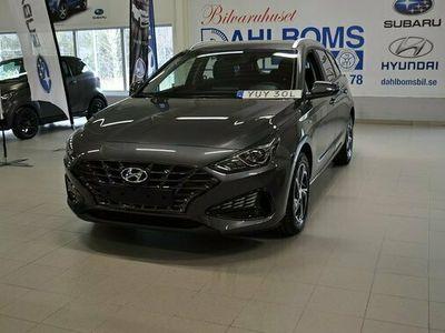 begagnad Hyundai i30 Kombi 1.0 T-GDi DCT MHEV Essential 2021, Personbil Pris 256 800 kr