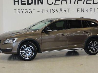 begagnad Volvo V60 CC D3 Aut Drag Momentum