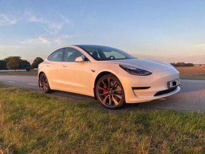 begagnad Tesla Model 3 Performance