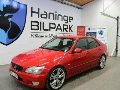 begagnad Lexus IS200 2.0 AUTOMAT 2002, Sedan Pris 29 900 kr