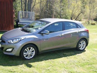 used Hyundai i30 CRDi 110HK Premium 5D M6 -13