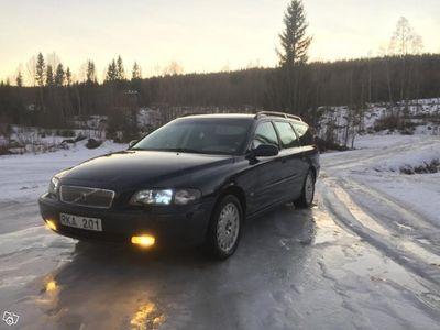 begagnad Volvo V70 2,4T -01