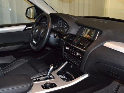 begagnad BMW X3 xDrive20d Sportpaket (190hk)