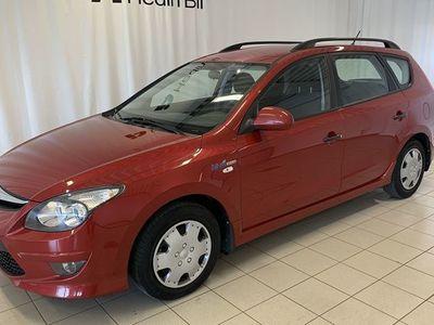 begagnad Hyundai i30 CW 1.6 CRDI/90HK KOMBI*V-HJUL*