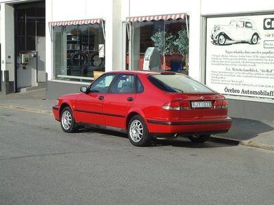begagnad Saab 9-3 2,0i 5D Red&Blue