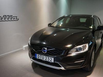 begagnad Volvo V60 CC D4 AWD Momentum BE 2016, Kombi 189 900 kr