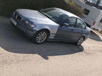 begagnad BMW 318 i facelift sport edition