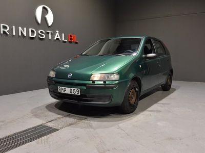 begagnad Fiat Punto 1.2 80 HK M-VÄRM 6700MIL S&V-DÄCK