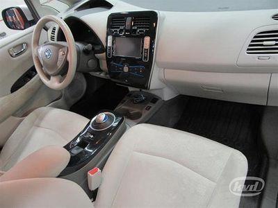 begagnad Nissan Leaf Acenta (Aut+Backkamera+GPS+109hk)
