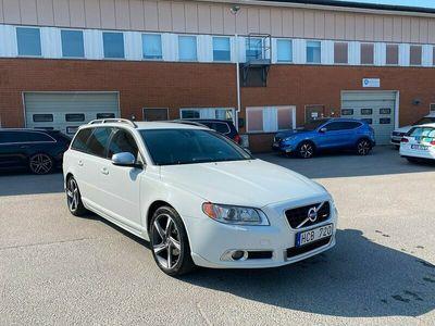 begagnad Volvo V70 T4 180hk R-Design Momentum Dragkrok Toppskick