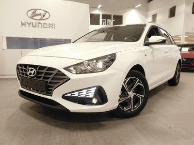 begagnad Hyundai i30 CW 1.5 T-GDI 160hk DCT Essential Mild Hybrid