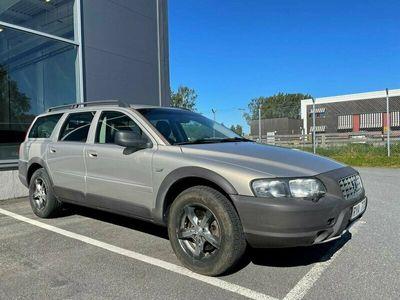 begagnad Volvo V70 XC 2.4T AWD, Rep behövs, dock besiktad & godkänd