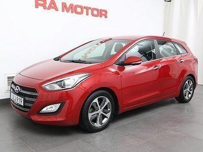 begagnad Hyundai i30 1,6 GDI Premium Navi Kombi 135hk -17