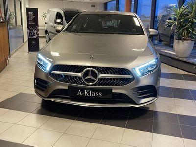 begagnad Mercedes A180 - Benz - Benz/ / AMG LINE / / AUTOMAT / / BACKKAMERA / /