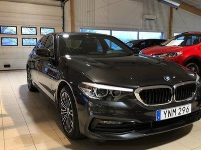 begagnad BMW 325 520 d X-drive Steptronic Sport Line Connected 2017, Sedan000 kr