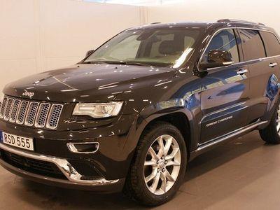 begagnad Jeep Grand Cherokee Summit | D-Värmare | Drag