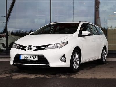 begagnad Toyota Auris Touring Sports 1.6 132hk | Vinterdäck