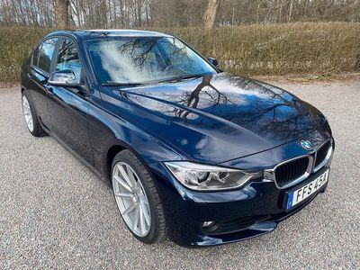 begagnad BMW 330 d Sedan Steptronic 258hk sportstolar pdc telefon