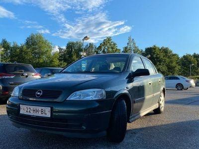 begagnad Opel Astra 1.6 Sedan ny Kamrem, AC