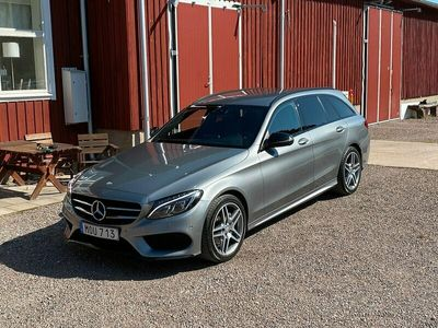begagnad Mercedes 220 CAMG VÄRMARE AUT NAVI DRAG EURO 6 170HK