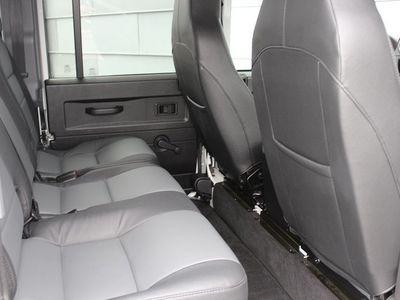 begagnad Land Rover Defender 110 SW 2.2 TD4 SE Black P -15