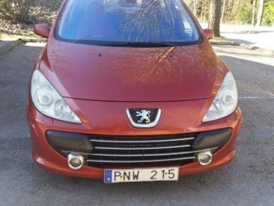 begagnad Peugeot 307 2,0 -07