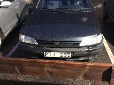 begagnad Peugeot 306 1,6