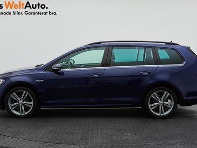 begagnad VW Golf Sportscombi TSI150 R-Line Plus Drag Pvärmare 2019, Kombi 199 900 kr