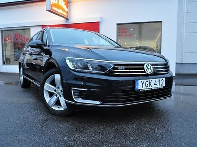 begagnad VW Passat Variant GTE Executive 218hk