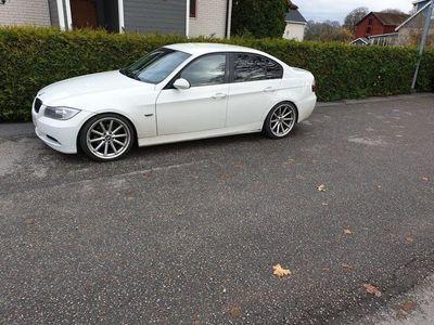 begagnad BMW 320 i -08