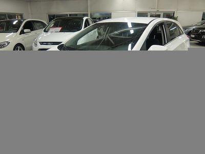 gebraucht Hyundai i30 1.6 CRDi Aut 5D 110hk