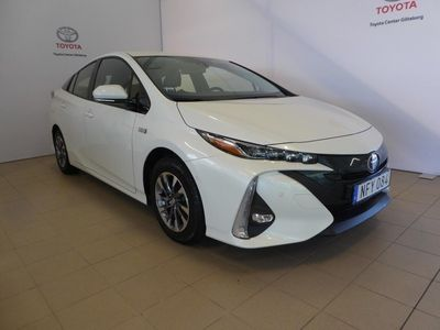 begagnad Toyota Prius Plug-in Hybrid EXECUTIVE V-Hjul