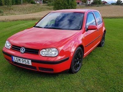 begagnad VW Golf 1.6 -99