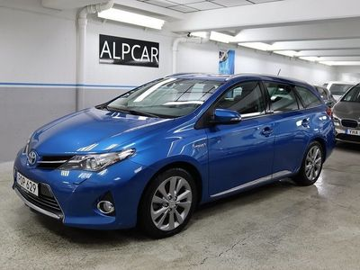 begagnad Toyota Auris TS EXECUTIVE GPS SKINN