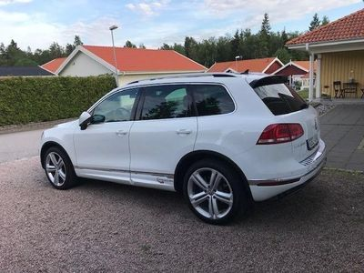 begagnad VW Touareg 4.2 V8 TDI 4Motion R-Line