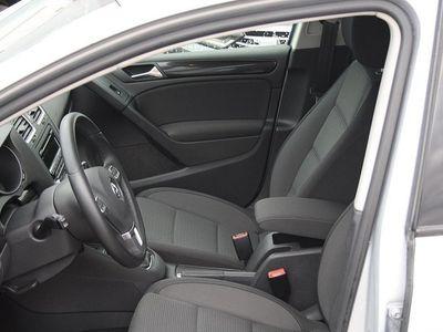 begagnad VW Golf TDI 105 BMT MASTERS -13